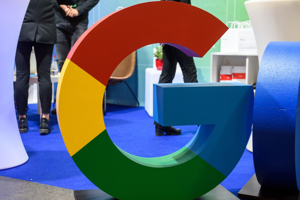 search engines  Is more less… or more? google